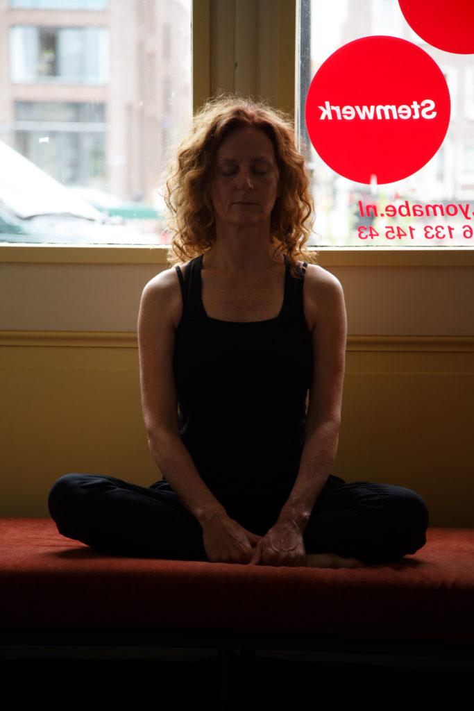 De Workshopsite - Hormoon yoga | Voor vrouwen